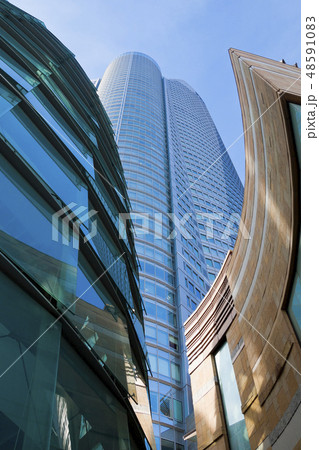 東京タワー 青空 影 六本木ヒルズの写真素材 Pixta